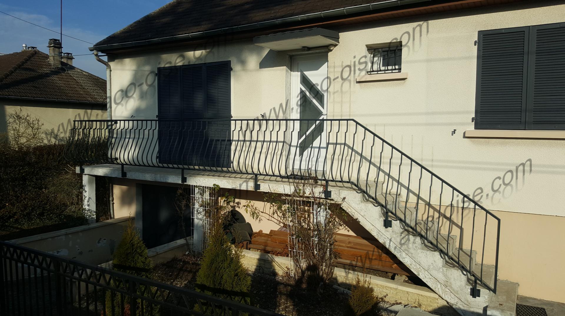 Garde corps et rampe d'escalier extérieur sur mesure