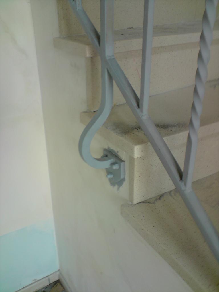 rampe escalier sur mesure oise et ile de france. Black Bedroom Furniture Sets. Home Design Ideas