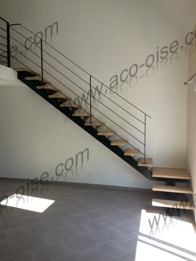 Escalier droit bois et acier